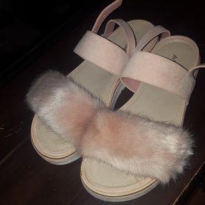 Sling back fur sandals